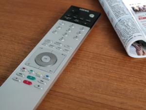 Кто и как может бесплатно получить приставку к телевизору