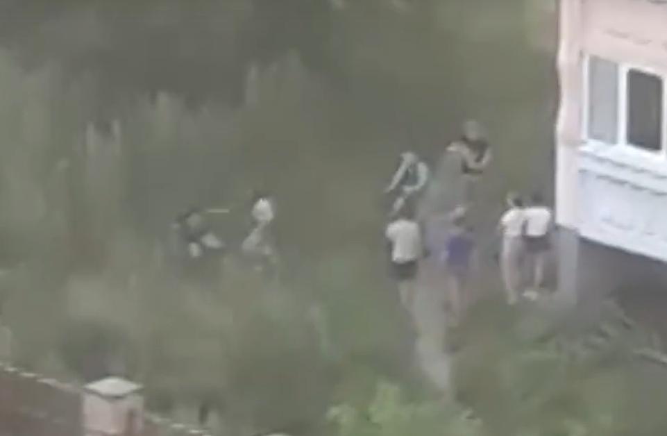 Компания подростков жестоко избила мальчика в Сарове - фото 1