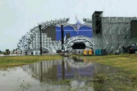 Alfa Future People под дождем: площадка фестиваля залита водой (ФОТО)