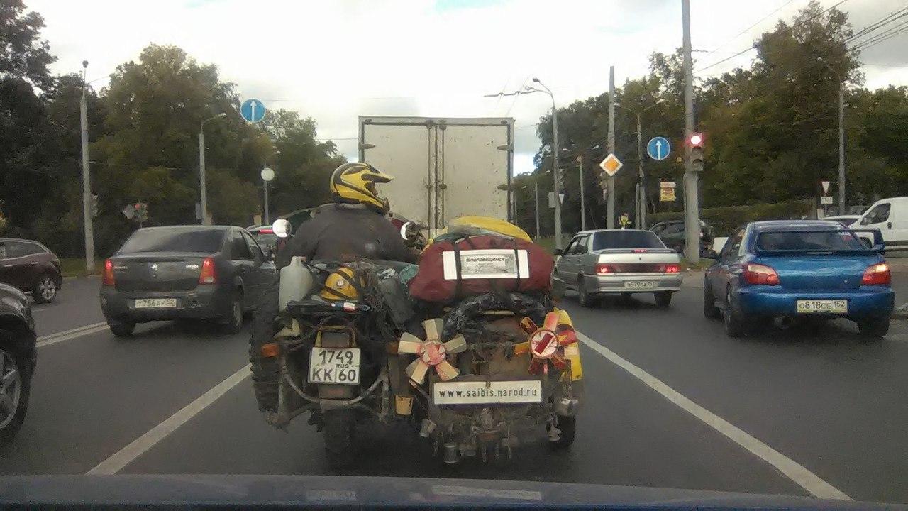 Необычный мотопутешественик прибыл в Нижний Новгород