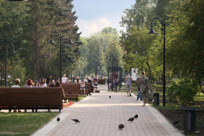 Сквер на Юбилейном бульваре в Нижнем Новгороде открылся после благоустройства - фото 3