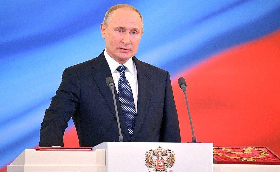 Путин обещал дать интервью региональному журналисту по пути к своему автомобилю - фото 1