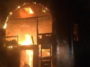 Охотничий домик Баташевых сгорел ночью в Выксе
