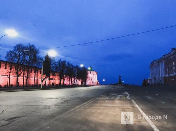 (Не)многолюдно: что происходило в Нижнем Новгороде в первый день путинских «выходных» - фото 5