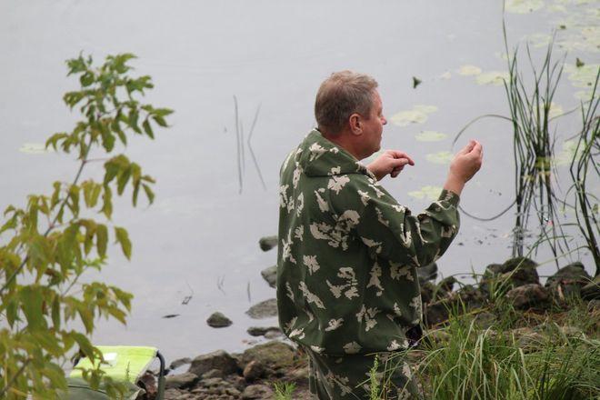 Три вида ухи и лодка в подарок: в Нижнем Новгороде стартовал фестиваль рыбалки - фото 20