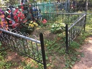 Вандалы разграбили кладбище под Арзамасом (ФОТО)
