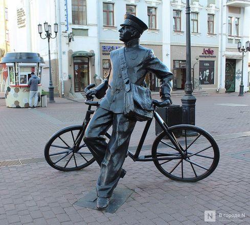 Труд в бронзе и чугуне: представителей каких профессий увековечили в Нижнем Новгороде - фото 2