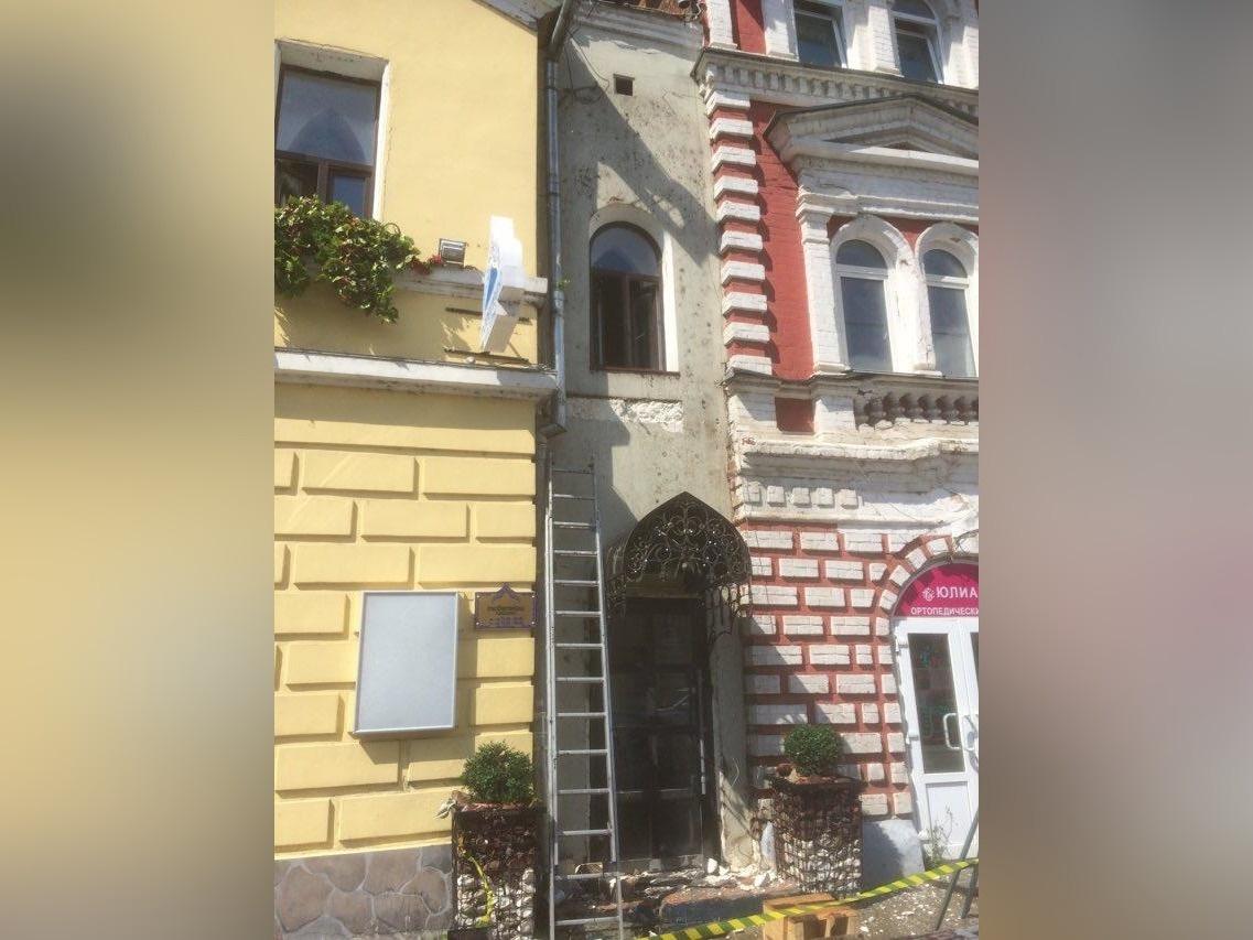 Проверка не выявила повреждений памятника архитектуры на Рождественской - фото 1