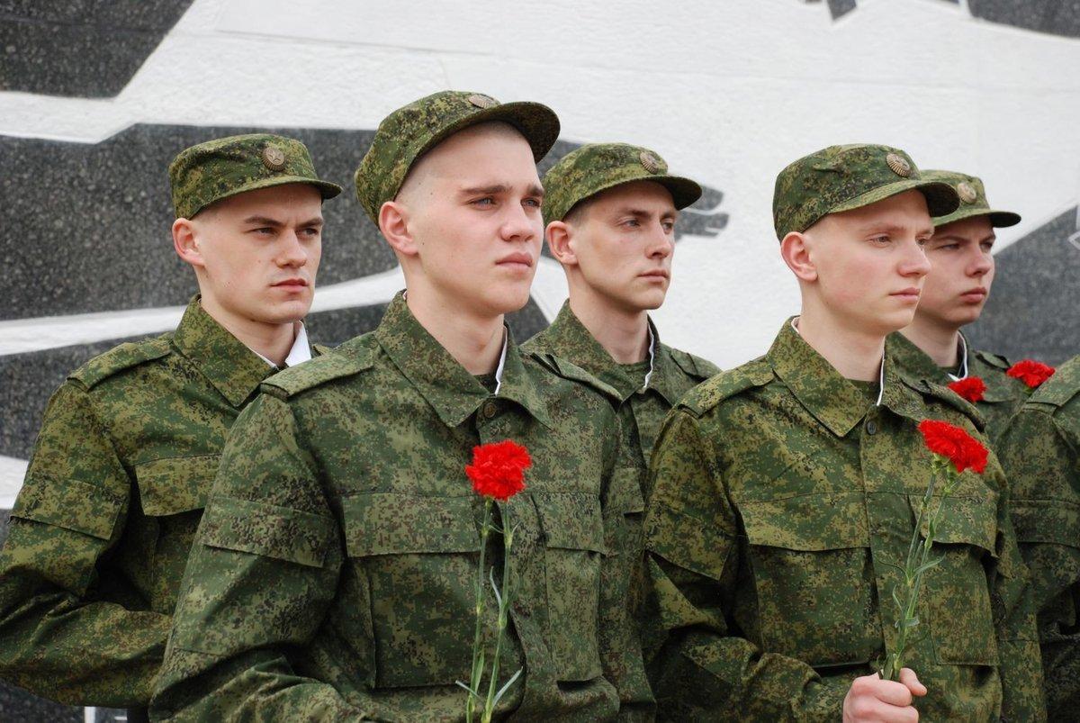 Более 3 000 нижегородских новобранцев пополнили ряды армии в весенний призыв - фото 1