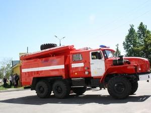 Более 20 жильцов эвакуировали пожарные из горящей пятиэтажки в Автозаводском районе