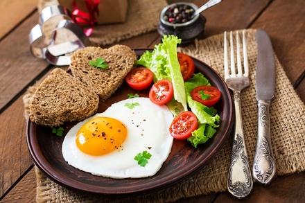 Продукты, которые нельзя есть на завтрак, иначе возникнут проблемы с желудком