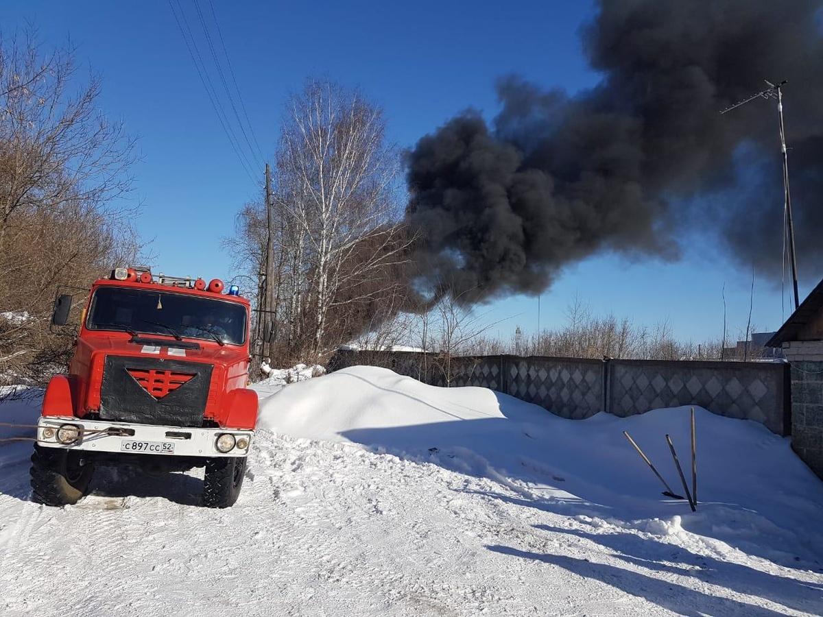 Цистерна с печным топливом вспыхнула в Богородске - фото 2