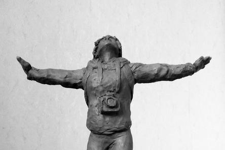 Памятник журналистке Ирине Славиной могут установить в Нижнем Новгороде
