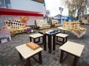 Фонтан с подсветкой и шахматные столы: в селе Вад открылась зона отдыха «Мечта»