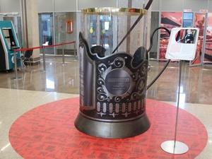 Гигантский подстаканник появился на Московском вокзале Нижнего Новгорода (ФОТО)